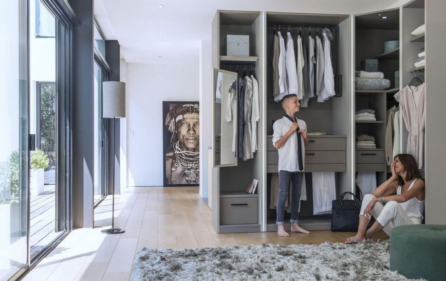 Dressing ou armoire : comment choisir ?