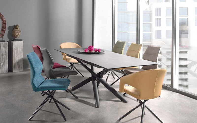 force-a-chaise-coloree-ameublier
